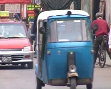 Tuktuks in the street Stock Footage