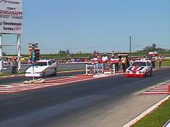 Moottoriurheilu, Drag Racing, Alkoholi hauska kilpa, 7 toisen autot Arkistovideo