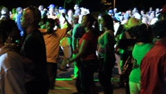 Carnaval-Crowd Moving to the Beat (HD) co Stock Footage