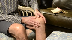 Knee pain 3 Stock Footage