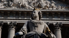Queen Anne Statue in Saint Paul´s Stock Footage