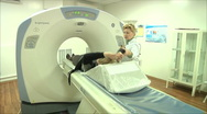 Magnetic resonance tomography Stock Footage