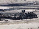 Tagebau Aldenhoven: bucket-wheel excavator in a lignite mine Stock Footage