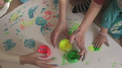 Baby paint 12a Stock Footage