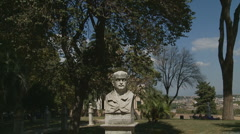 Statue glidecam 2 Rome Stock Footage