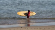 Little girl surf lessons Stock Footage