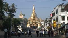 Shwedagon pagoda, Yangon, Burma Stock Footage