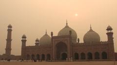 Lahore Badshahi mosque at sunset Stock Footage