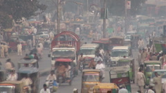 Busy and polluted Pakistan road Stock Footage