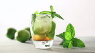 Mojito drink Stock Footage