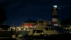 Hilton Head Harbour Town lighthouse at night Stock Footage