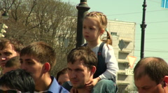 The child on the shoulders of the pope Stock Footage