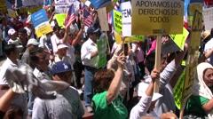 Overhead - Maahanmuutto maaliskuussa ja ralli Arkistovideo