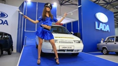 Motor show. Policewoman Stock Footage