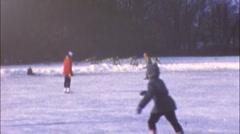 LASTEN Kids Fun Luistelu WINTER 1960 (vintage Film Home Movie) 31 Arkistovideo