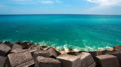 Turquoise ocean leaving behind the horizon Stock Footage