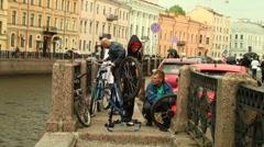 Repair bicycle Stock Footage