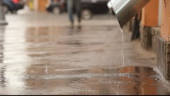 The jet and spray of water from drain, become blurred Stock Footage