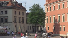 Castle Square an the Royal Castel, Warsaw, Poland Stock Footage