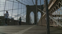 Brooklyn Bridge four (fast zoom) Stock Footage
