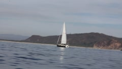 Sailboat playa de oro Stock Footage