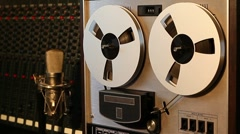 Stereo reel to reel tape recorder Stock Footage