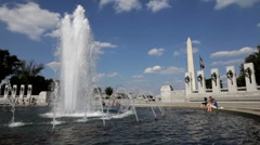 WWII memorial and washington monument Stock Footage