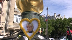 Lady Diana car crash memorial Stock Footage