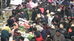 Chinese fruit and vegetable market Stock Footage