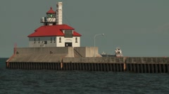 Duluth pier south breakwater lighthouse Stock Footage
