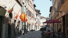 Tourists on vacation visiting towns in Tuscany, Italy Stock Footage