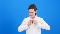 Fasten shirt Stock Footage
