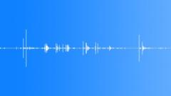 DICE MEDIUM PAIR SHAKE HANDS02 Sound Effect