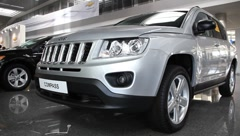 Motor show. Jeep compass Stock Footage