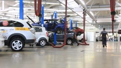Stock Video Footage of Auto service