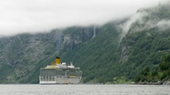 Boats transfer tourists from cruise liner to coast, time lapse Stock Footage