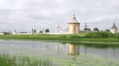 Calm river in front of Spaso Prilutskij monastery Stock Footage