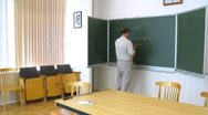 Professor explain principles of micro-object manipulations using laser beam, Stock Footage