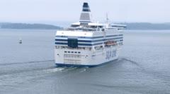 Silja Linen risteilyalus ylittynyt toinen alus Arkistovideo