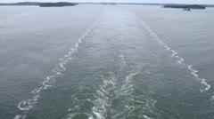 Risteilyalus jälkeä, näkymä laivan perästä, Viivästys Arkistovideo