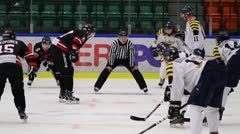 Face off in ice hockey Stock Footage
