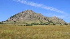 Bear Butte, a sacred Native American mountain in South Dakota Stock Footage