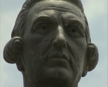 Close up of Cooktown statue face Stock Footage