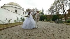 Muslim newlyweds in Bakhchisarai Palace Stock Footage