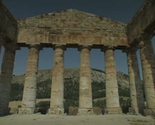 Panoramic of building ruins Stock Footage