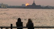 Sunset - Lower Manhattan - People watching the sun go down Stock Footage