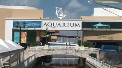 WorldClips-Cancun Aquarium Bridge-zoom Stock Footage