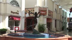 WorldClips-Cancun Mall Fountain-zooms Stock Footage