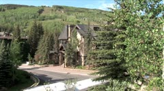 WorldClips-Vail House-Bus Tour-ws Stock Footage