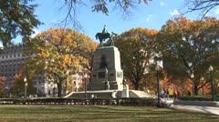 WorldClips-DC Park in Fall-zoom Stock Footage